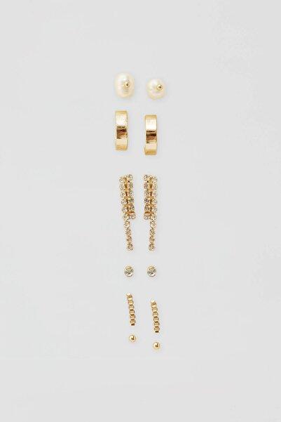 Pull & Bear Kadın Altın Rengi Parlak Taşlı Küpe Seti 05992314