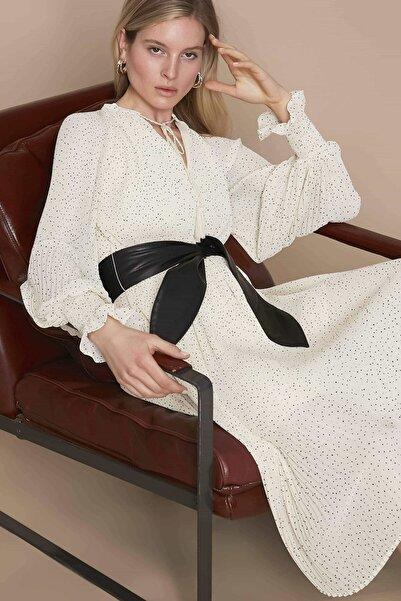 Kadın Ekru Kemerli Pilisole Elbise IS1200002239018