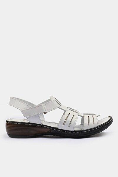 Hotiç Hakiki Deri Beyaz Yaya Sandalet