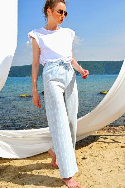 Trend Alaçatı Stili Kadın Açık Mavi Bol Paçaçizgili Viscon Pantolon ALC-X4362
