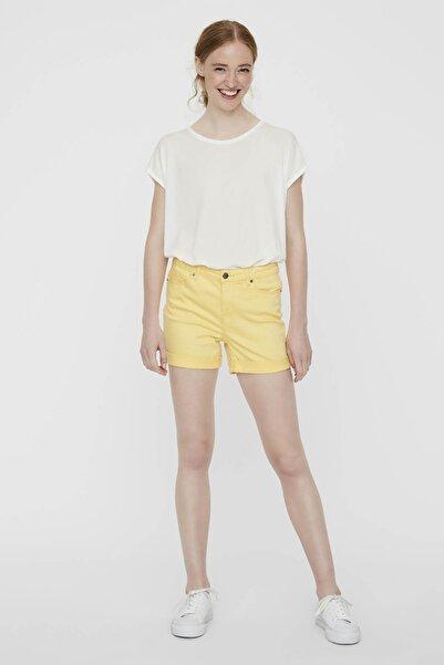 Vero Moda Kadın Sarı Paçaları Katlamalı Şort10209883 VMHOT