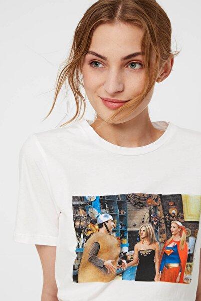 PIECES Kadın Beyaz Desenli T-Shirt 17102579 PCTV