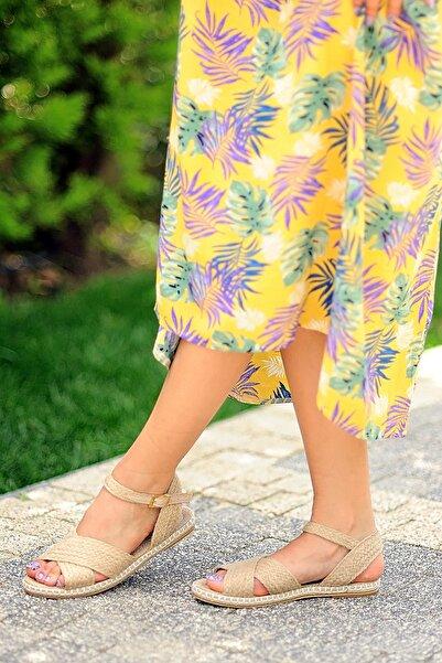 Pembe Potin Kadın Hasır Sandalet