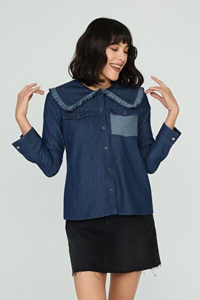 Bellamy Kadın Mavi Geniş Yaka Detaylı Denim Gömlek Stella