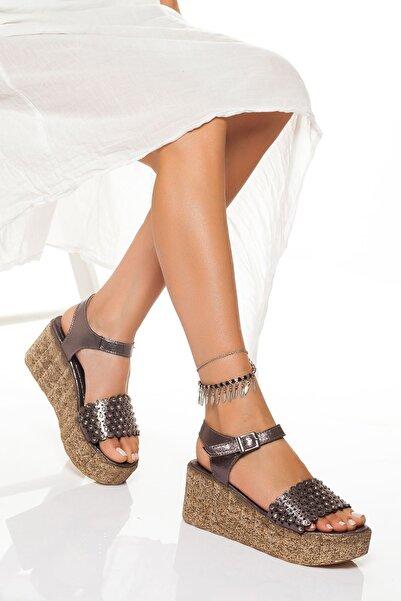 derithy Kadın Platin Dolgu Topuklu Ayakkabı
