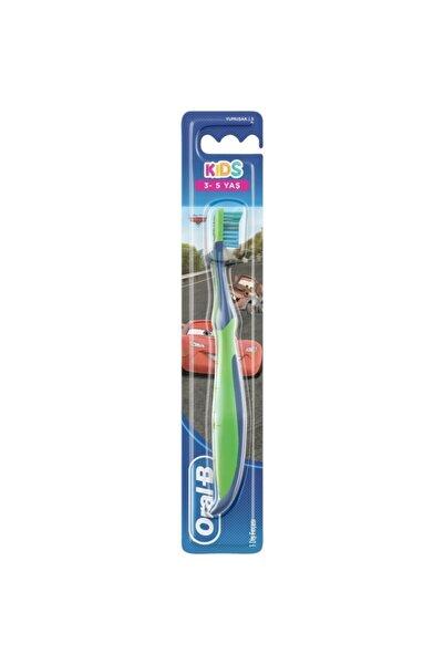 Oral-B Kids Car Erkek Çocuk Diş Fırçası 3-5 Yaş Soft