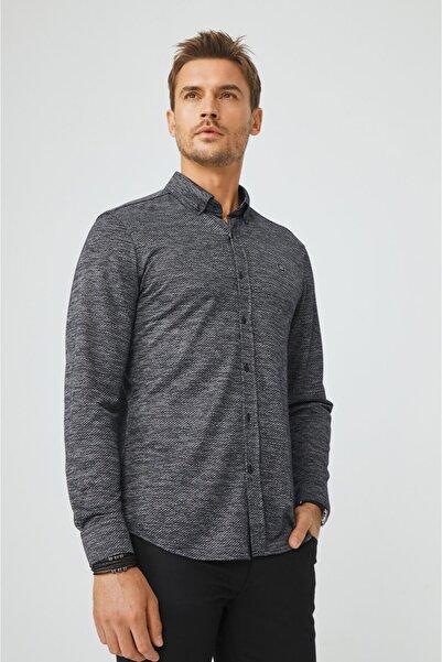 Avva Erkek Jakarlı Alttan Britli Yaka Slim Fit Örme Gömlek