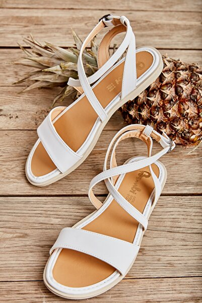 Bambi Beyaz Kadın Sandalet L0652071109
