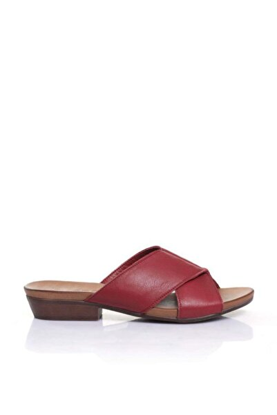 BUENO Shoes Çapraz Detay Hakiki Deri Topuklu Kadın Terlik 9n0402