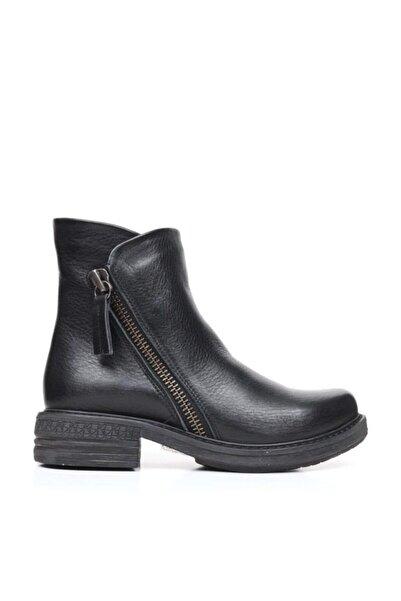 BUENO Shoes Fermuarlı Yakma Hakiki Deri Kadın Düz Bot 9k3501
