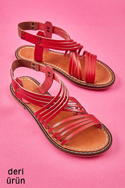 Bambi Kırmızı Kadın Sandalet L0602808803
