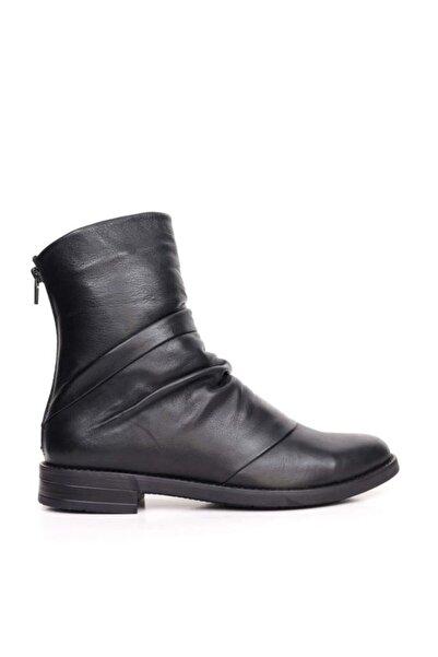 BUENO Shoes Büzgülü Ve Fermuarlı Hakiki Deri Kadın Düz Bot 9p0210