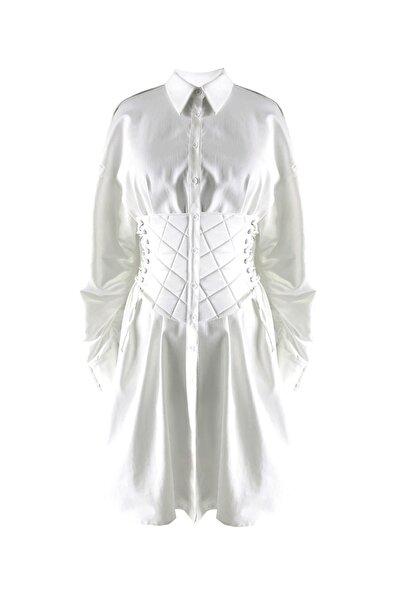 Tuba Ergin Kadın  Beyaz Korse Detaylı Natash Gömlek Elbise