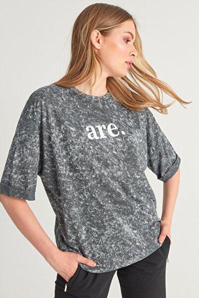 Fulla Moda Kadın Antrasit Are Baskılı Yıkamalı Tshirt