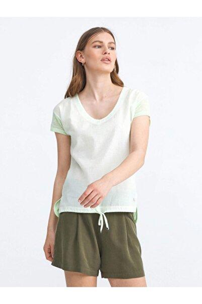 Xint Kadın V Yaka Rahat Kesim Açık Yeşil Tişört 601699