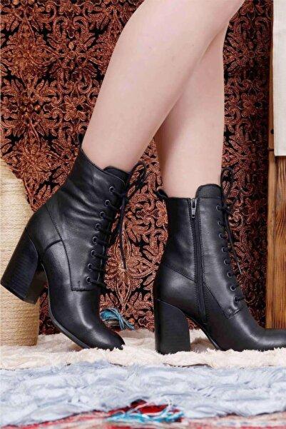 BUENO Shoes Bağcık Detaylı Hakiki Deri Kadın Topuklu Bot 9p4802
