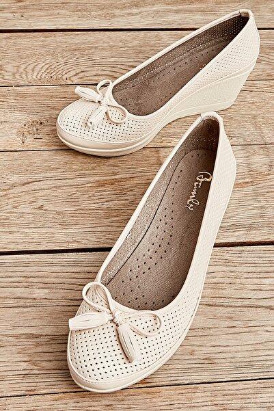 Bambi Bej Kadın Ayakkabı L0586084509