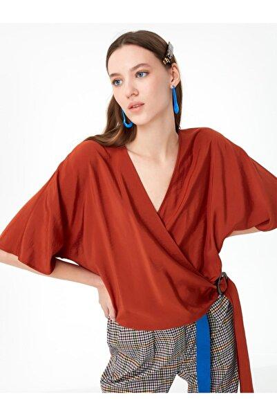 Twist Anvelop Form Bluz