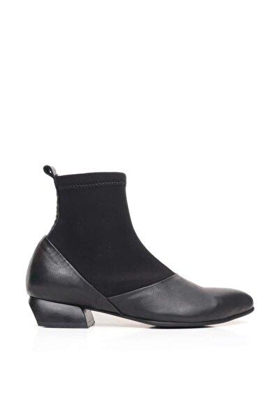 BUENO Shoes Uzun Lastikli Hakiki Deri Kadın Düz Bot 9p5502