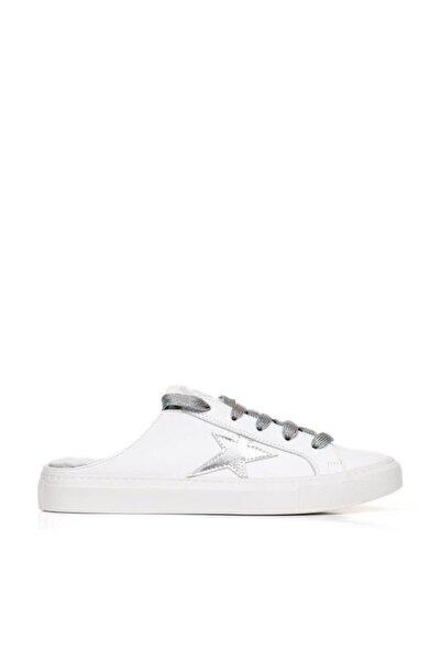 BUENO Shoes Hakiki Deri Yandan Yıldız Detaylı Kadın Spor Ayakkabı 20wq9702
