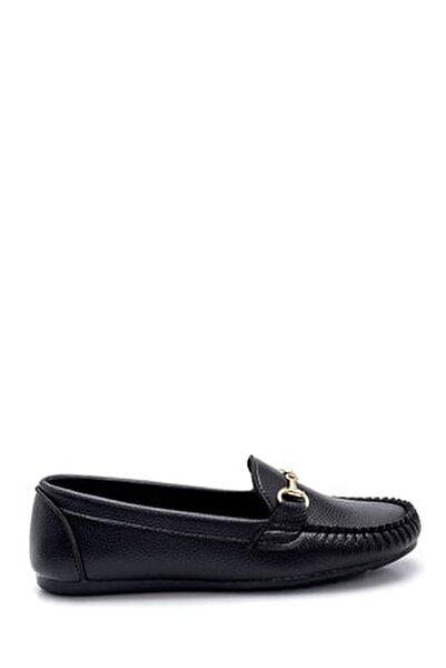 Kadın Siyah Toka Detaylı Loafer Ayakkabı