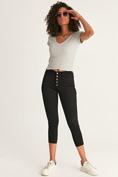 Fulla Moda Kadın Siyah Düğmeli Dar Paça Pantolon
