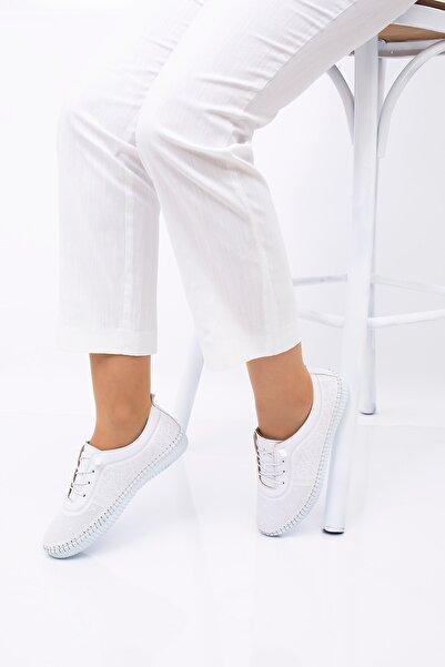 CARIK COMFORT Kadın Beyaz Ayakkabı