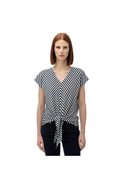 Nautica Nautıca Kadın Lacivert Çizgili V-yaka T-shirt