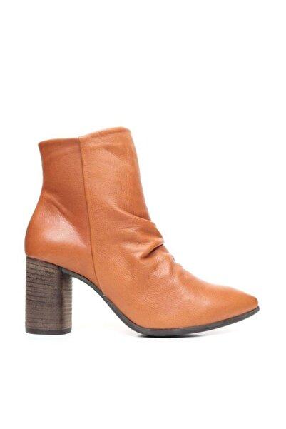 BUENO Shoes Büzgü Detaylı Hakiki Deri Kadın Topuklu Bot 9p1000