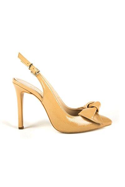 DİVUM Ten Kırık Rugan Topuklu Ayakkabı