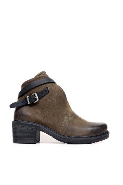 BUENO Shoes Kemer Detaylı Hakiki Deri Kadın Topuklu Bot 9k0602