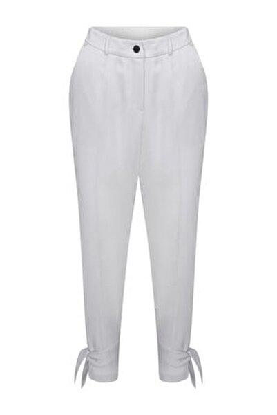 Paçası Bağlama Detaylı Pantolon