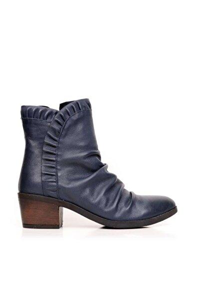 BUENO Shoes Pileli Detaylı Hakiki Deri Kadın Topuklu Bot 9m0900