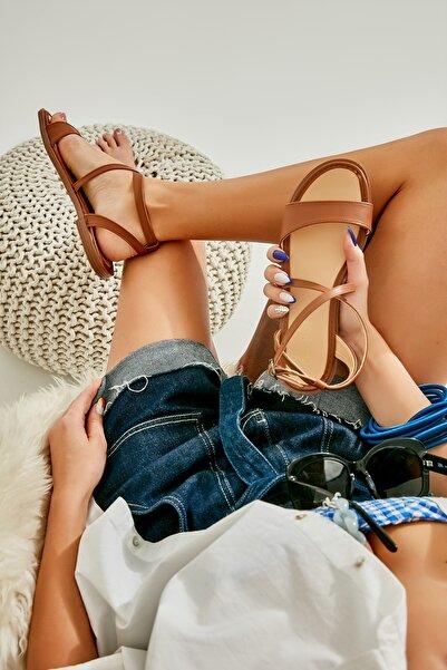 Bambi Taba Kadın Sandalet L0652071109