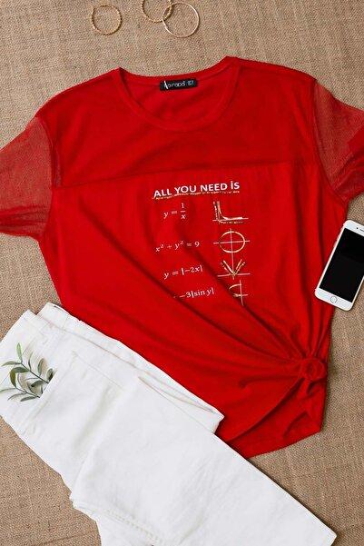 Lafaba Kadın Kırmızı Baskılı Taş Işlemeli Kısa Kollu Basic T-shirt