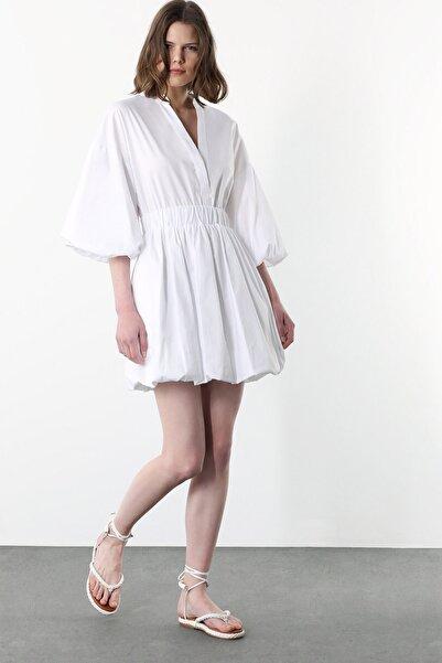 Network Kadın Beyaz V Yaka Mini Balon Kol Elbise 1078947