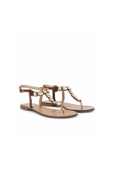 İpekyol Taş Tokalı Sandalet
