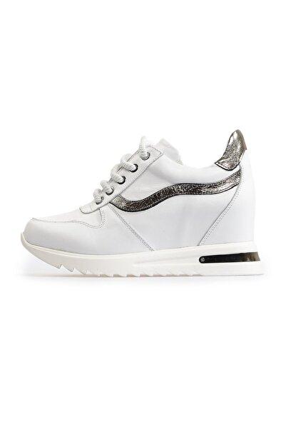 Flower Beyaz Dolgu Topuklu Spor Ayakkabı