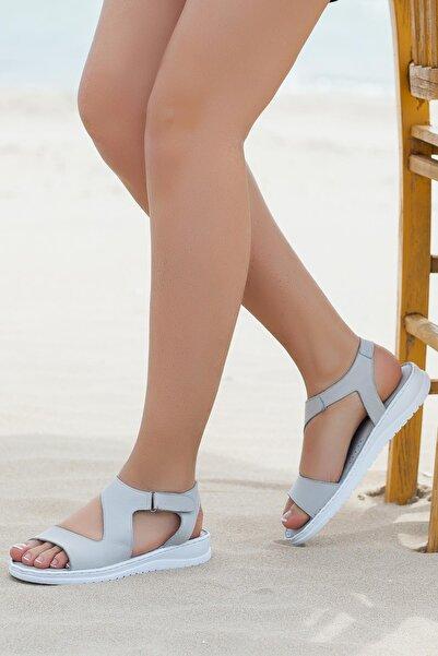 Deripabuc Hakiki Deri Gri Kadın Deri Sandalet DP05-S017