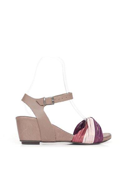 BUENO Shoes Kemerli Hakiki Deri Kadın Dolgu Topuk Sandalet 9l6900
