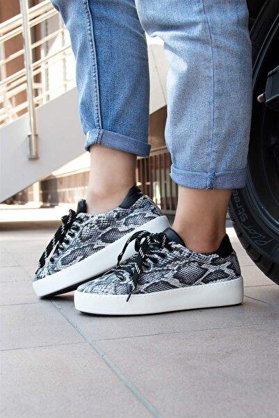 BUENO Shoes Hakiki Deri Yılan Desen Detaylı Bağcıklı Kadın Spor Ayakkabı 20wr1902