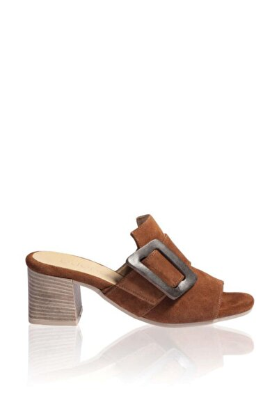 BUENO Shoes Toka Detaylı Hakiki Deri Topuklu Kadın Terlik 9n1317