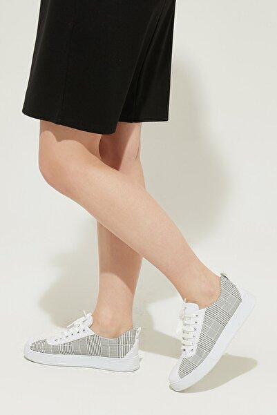 ZİNDİ Kadın Ekose Desen Sneaker Ayakkabı Gri
