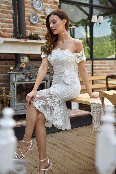 Modakapimda Beyaz Eteği Volanlı Güpür Nikah Elbise