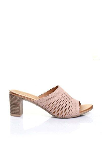 BUENO Shoes Çizgi Detaylı Hakiki Deri Topuklu Kadın Terlik 9n1500