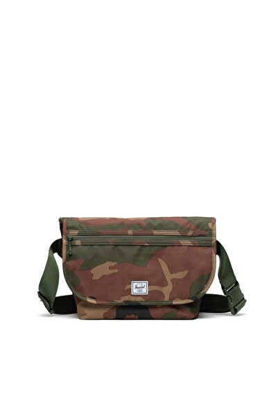 Herschel Supply Co. Herschel Supply Grade Mid-volume Woodland Camo