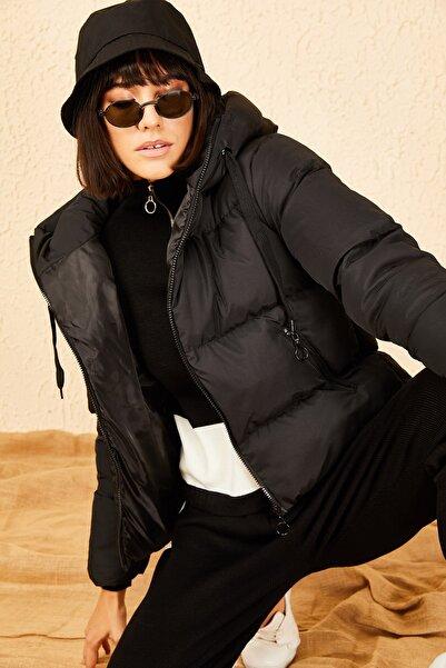 Bianco Lucci Kadın Siyah Kapüşonlu Şişme Mont 10141018