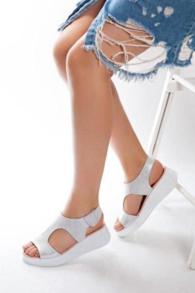 Deripabuc Hakiki Deri Beyaz Simli Kadın Deri Sandalet Dp08-5015