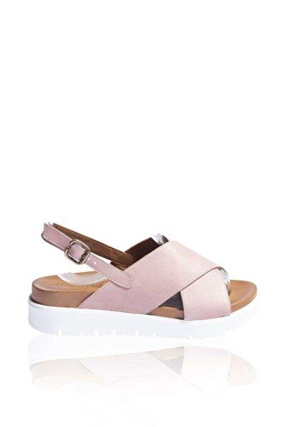 BUENO Shoes Hakiki Deri Kadın Kalın Düz Tabanlı Sandalet 9n3407