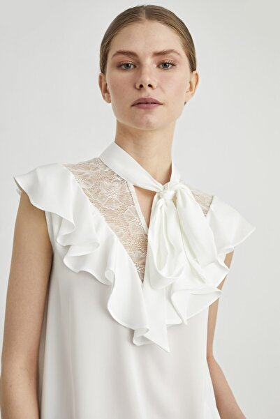 adL Kadın Kemik Yakası Fularlı Dantel Detaylı Bluz